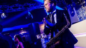Julian op Sax at The Men in Black Show